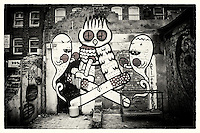 Street art by Kid Acne & Dscreet, Shoreditch, East London http://www.vivecakohphotography.co.uk/2011/04/06/2982/