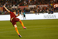 Calcio, Serie A: Roma vs Juventus. Roma, stadio Olimpico, 14 maggio 2017. <br /> Roma&rsquo;s Stephan El Shaarawy kicks the ball during the Italian Serie A football match between Roma and Juventus at Rome's Olympic stadium, 14 May 2017. Roma won 3-1.<br /> UPDATE IMAGES PRESS/Riccardo De Luca