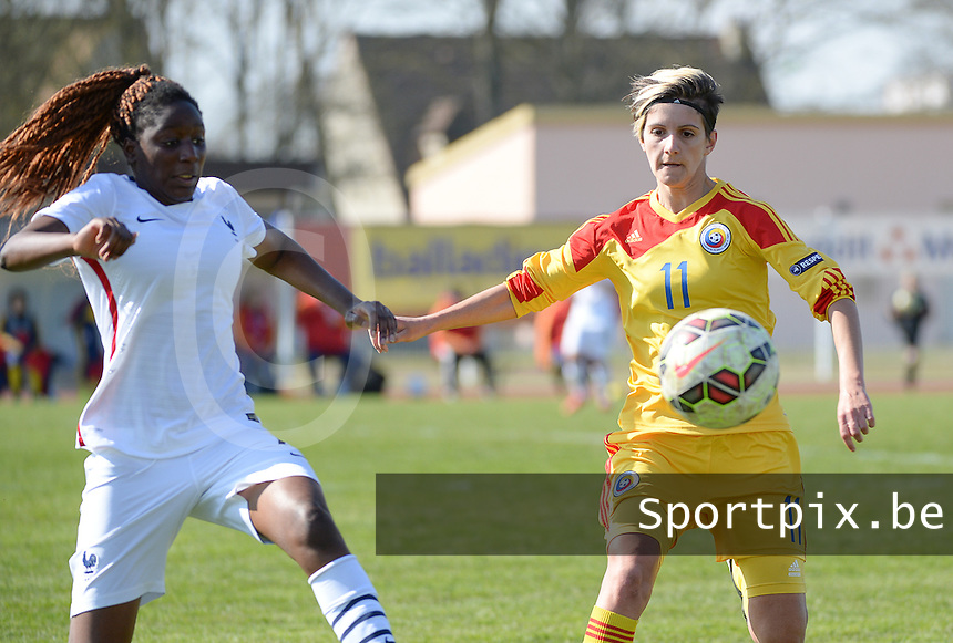 20150406 - OZOIR , France :<br /> <br /> Duel between French Hawa Cissoko (left) and Romanian Claudia Bistrian (11)<br /> , pictured during the female soccer match between Women Under 19 teams of France and Romania , on the Secund matchday  in Group 3 of the UEFA Elite Round Women Under 19 at the Stade des 3 sapins , Ozoir , France<br /> <br /> Thursday 31 march 2015<br /> foto Dirk Vuylsteke / David CATRY