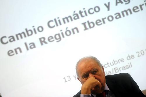 Iglesias pide una posición iberoamericana común ante cumbre cambio climático