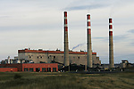Edmonton- 8/25/04-The Sundance coal-fired power plant 100km west of Edmonton. Sundance was once owned by Enron but is now owned by Transalta. Photo by Ian Jackson