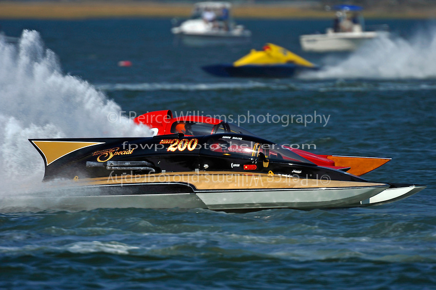 "Chuck Miller, Jr., NM-200 ""Mrjr's Lauterbach Special"" (National Mod hydroplane(s) and George Conover, Sr., NM-18"