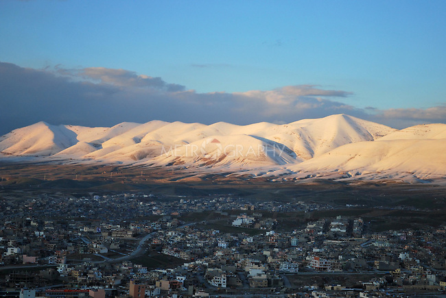 SULAIMANIYAH, IRAQ:  The city of Sulaimaniyah, the morning after a snow storm hit the region...Photo by Aram Karim/Metrography