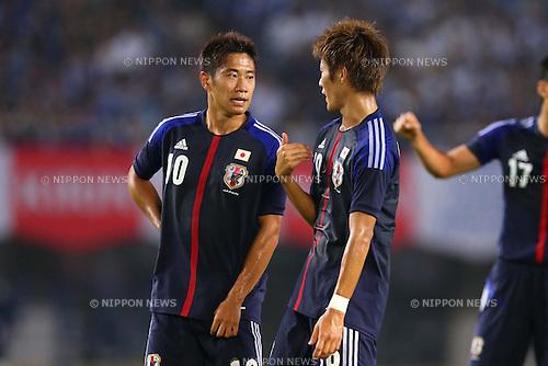 (L-R) Shinji Kagawa, Yoichiro Kakitani (JPN), AUGUST 14, 2013 - Football / Soccer : <br /> KIRIN Challenge Cup 2013 match <br /> between Japan 2-4 Uruguay <br /> at Miyagi Stadium, Miyagi, Japan.<br />  (Photo by AFLO SPORT)