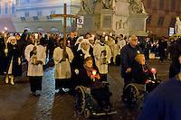 Roma 10 Febbraio 2015<br /> Alla vigilia della XXIII Giornata Mondiale del Malato l'Unitalsi (Unione Nazionale Italiana Trasporto Ammalati a Lourdes e Santuari Internazionali) in collaborazione con  la Pastorale della Salute della Diocesi di Roma e l'Ambasciata di Spagna presso la Santa Sede, una  processione &laquo;aux flambeaux&raquo; con la statua pellegrina della Vergine di Lourdes per i disabili, gli ammalati e gli ultimi della Capitale. La processione esce dall'Ambasciata di Spagna presso la Santa Sede a piazza di Spagna.<br /> Rome February 10, 2015<br /> On the eve of the XXIII World Day of the Sick, UNITALSI (Italian National Union for Transporting the Sick to Lourdes and International Shrines), in collaboration with the pastoral of health of the Diocese of Rome and the Spanish Embassy to the Holy See, a procession &quot;torchlight&quot; with the pilgrim statue of Our Lady of Lourdes, for the disabled , the sick, and poor of the Capital. The procession leaves  by the Spanish Embassy to the Holy See, to Spanish square.