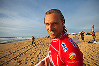 """Chris Davidson (AUS).  CULS NUS BEACH, Seignosse/France (Thursday, September 30, 2010) - The Quiksilver Pro France, event No. 7 of 10 on the 2010 ASP World Tour, was  called back ON this afternoon, recommencing with the fourth heat of Round 2 at 3pm.. .Consistent four-to-six foot (2 metre) waves were detonating across the sandbars of Culs Nus Beach this afternoon, providing the idea forum for the world's best to do battle in.. .""""It's been a challenge today but the tide and swell have finally aligned for us to recommence competition at Culs Nus Beach at 3pm,"""" Rich Porta, ASP International Head Judge, said. """"We are aiming at completing the remaining nine heats of Round 2.Photo: joliphotos.com"""