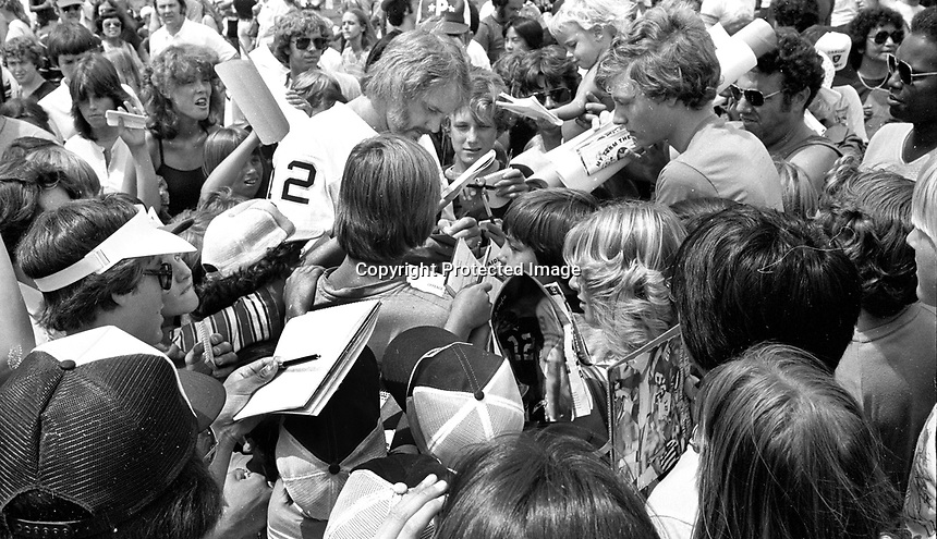Oakland Raider quarterback <br />