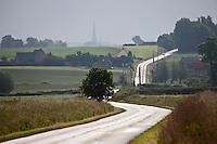Europe/France/Nord-Pas-de-Calais/59/Nord/ Steenvoorde: sur la route menant au village