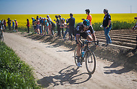 Ian Stannard (GBR/SKY) chasing over the cobbles<br /> <br /> 115th Paris-Roubaix 2017 (1.UWT)<br /> One Day Race: Compi&egrave;gne &rsaquo; Roubaix (257km)
