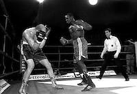Roma  26 Dicembre 2005.Il pugile Aly Ndiaye Mauhamed  della Buccioni  Boxing  Team durante un incontro
