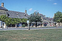 Broadway: Worcestershire. More houses and shops along park. Photo '05.