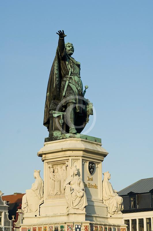 Belgium, Ghent, Statue of Jacob van Artevelde, Brewer of Ghent, 1345