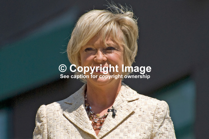 Sue Barker, BBC television, London, UK, sports commentator, games show hostess, former world-ranking tennis player, 200906232600..Copyright Image from Victor Patterson, 54 Dorchester Park, Belfast, UK, BT9 6RJ..Tel: +44 28 9066 1296.Mob: +44 7802 353836.Voicemail +44 20 8816 7153.Skype: victorpattersonbelfast.Email: victorpatterson@mac.com.Email: victorpatterson@ireland.com (back-up)..IMPORTANT: If you wish to use this image or any other of my images please go to www.victorpatterson.com and click on the Terms & Conditions. Then contact me by email or phone with the reference number(s) of the image(s) concerned.