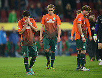 FUSSBALL   1. BUNDESLIGA  SAISON 2012/2013   7. Spieltag FC Augsburg - Werder Bremen          05.10.2012 Zlatko Junuzovic, Nils Petersen (v. li., SV Werder Bremen)