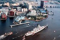 1996 December 09..Redevelopment.Downtown West (A-1-6)..ARRIVAL OF USS WISCONSIN...NEG#.NRHA#..
