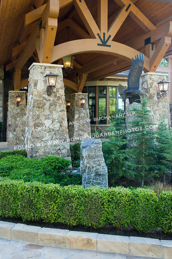 Residential Stone Columns : Image of a porte cochere homeandgardenphotos