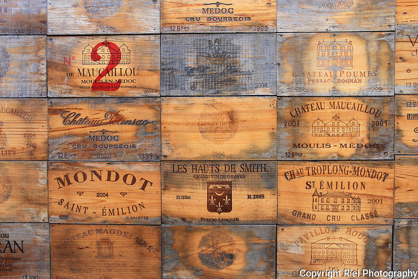 Wine crates of st emilion riel photography for Where to buy used wine crates