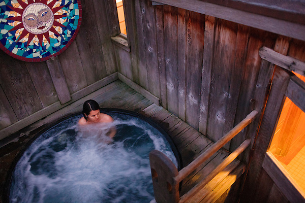 Private redwood hot tub at the Sweetwater Spa and Inn. Mendocino, CA.