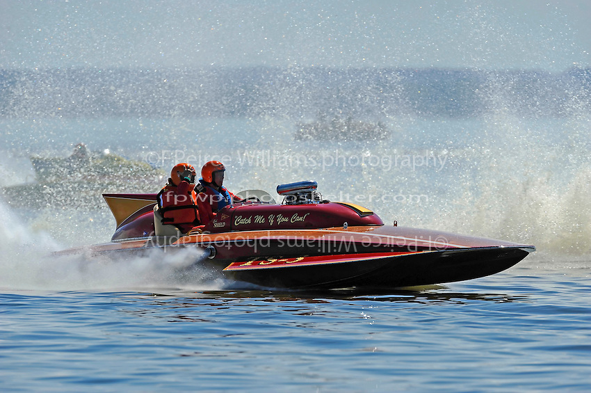 "Ed Shield and Bob Moore, TS-3 ""Catch Me If You Can"" (2009 Lauterbach 2-seat Grand Prix hydroplane)"