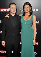 New York,NY-September 13: Joseph Gordon-Levitt, Shailene Woodley attends the 'Snowden' New York premiere at AMC Loews Lincoln Square on September 13, 2016 in New York City. @John Palmer / Media Punch