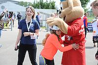 SPECIAL OLYMPICS: SNEEK: Sportpark Schutterveld, 14-06-2014, Special Olympics Nationale Spelen Fryslân 2014, Mascotte, ©Martin de Jong