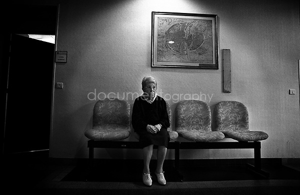 "My sister refuses to go back to my grandmothers house. ""She is not there anymore, feel free to go if you want to, but I don't want to because it would be to hard""...© Magali Corouge/Documentography.2004-2006.France"