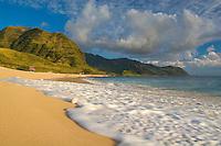 Yokohama Bay (Keawaula) Beach, at the end of the road on Oahu's West Side