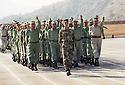 Irak 2000.Entrainement militaire &agrave; Zawita.<br />      Iraq 2000.Military training in Zawita