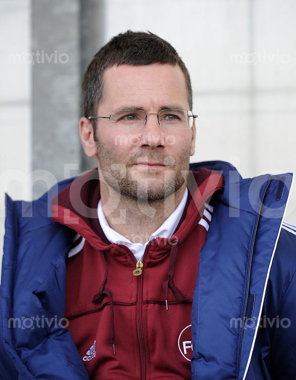 FUSSBALL  Regionalliga Sued   SAISON  2011/2012    18. Spieltag   20.11.2011 FC Bayern Muenchen II - 1. FC Nuernberg II Trainer Michael Wiesinger (1. FC Nuernberg II)