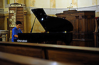 RomeSmarts - Rome Summer Musical Arts..Toyich International Projects in collaboration with the University of Toronto, Canada. The pianist Abby Zhang