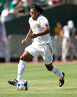 05 July 2009:  Armando Reyes of Nicaragua in action during the game against Mexico at Oakland-Alameda County Coliseum in Oakland, California.    Mexico defeated Nicaragua, 2-0.