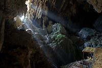 Laos - Phou Kham Cave