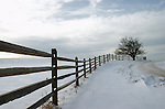 snow,up ny,fence