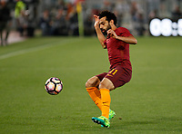 Calcio, Serie A: Roma vs Juventus. Roma, stadio Olimpico, 14 maggio 2017. <br /> Roma&rsquo;s Mohamed Salah in action during the Italian Serie A football match between Roma and Juventus at Rome's Olympic stadium, 14 May 2017. Roma won 3-1.<br /> UPDATE IMAGES PRESS/Riccardo De Luca