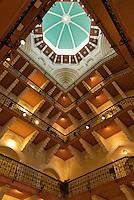 The Taj Hotel, one of the most amazing buildongs in Mumbai, India