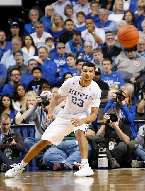 UK guard Jamal Murray waits to receive a pass during the UK Men's Basketball vs. Florida Gators game at Rupp Arena. Saturday, February 6, 2016 in Lexington, Ky. UK defeated Florida 80 - 61