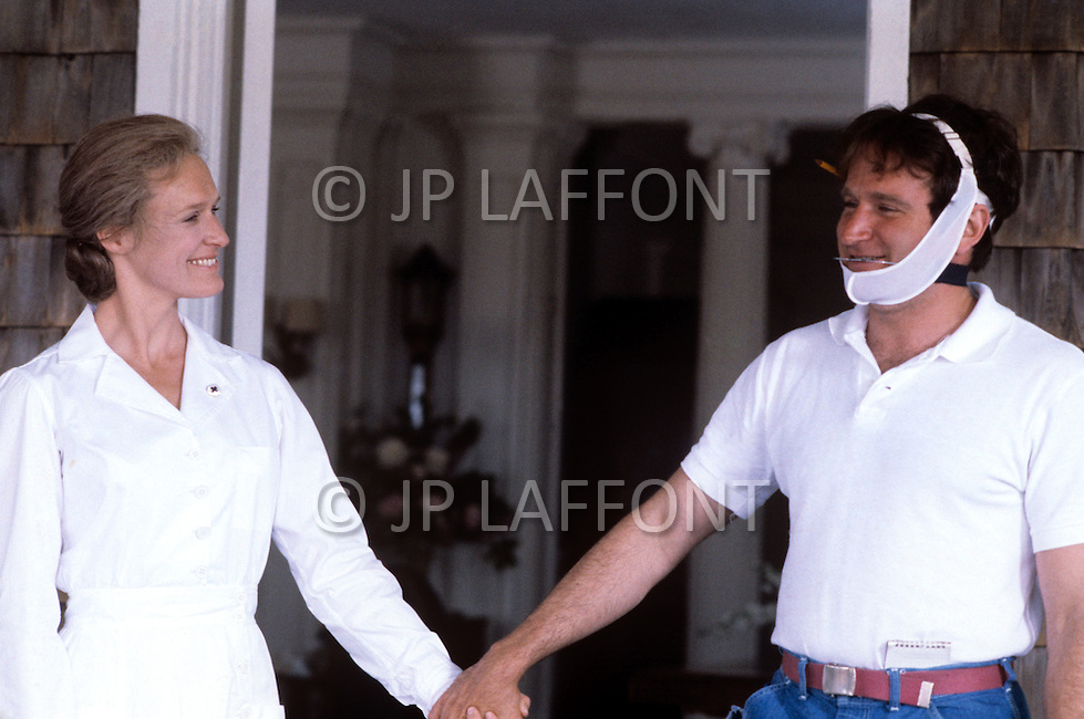 New York, USA. December 1981. From the american comedy drama film, The World According to Garp,  directed by George Roy Hill, based on the novel of the same title by John Irving. Photo of Robin Williams with Glenn Close.