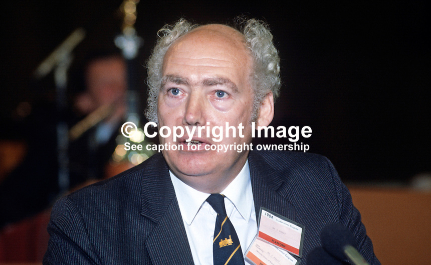 Jimmy Knapp, general secretary, National Union of Railwaymen, NUR, trade union, UK, addresses Trades Union Congress annual conference 1984. 19840103JK7.<br />