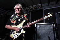 CHRIS SQUIRE - YES - (ARCHIVE 1970-2015)