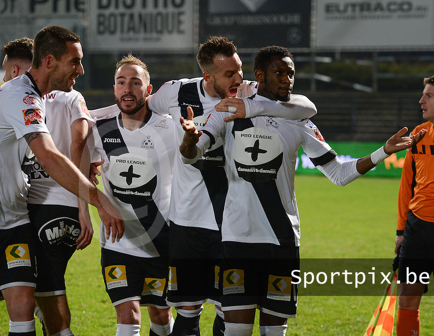 20161217 - ROESELARE , BELGIUM : Roeselare's Ebrahima Ibou Sawaneh (r) pictured celebrating his goal with teammates during the Proximus League match of D1B between Roeselare and Cercle Brugge, in Roeselare, on Saturday 17 December 2016, on the day 20 of the Belgian soccer championship, division 1B. . SPORTPIX.BE | DAVID CATRY