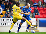 St Johnstone v Hibs...02.10.10  .Sam Parkin and Francis Dickoh.Picture by Graeme Hart..Copyright Perthshire Picture Agency.Tel: 01738 623350  Mobile: 07990 594431