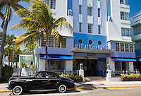 Old Buick Eight Classic sedan and gangster dummy driver at Park Central Hotel, Ocean Drive South Beach Miami USA
