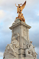 Queen Victoria Monument Buckingham Palace - Westminster, UK