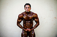 Fragile Monsters: Arab Body Building