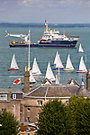 Royal Yacht Squadron, Solent Sunbeams, Start, Cowes Week, Galatea, Trinity House, Cowes, Isle of Wight, England, UK,