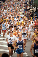New York City, NY - October 22, 1978<br /> Each fall thousands of runners participate in New York City&rsquo;s Marathon. The starting line is at the foot of the Verrazano Bridge in Staten Island, which leads them first to Brooklyn and then onto Manhattan in their 26 miles journey where they will cross the finish line in Central Park. <br /> New York City, NY. 22 octobre 1978.<br /> En 1971, 127 coureurs &eacute;taient inscrits au premier marathon qui se tenait &agrave; Central Park.  En 1978, 11,400 participants venant de 52 pays sont inscrits. Le d&eacute;part est maintenant fait sur le pont du Verrazano depuis Staten Island.