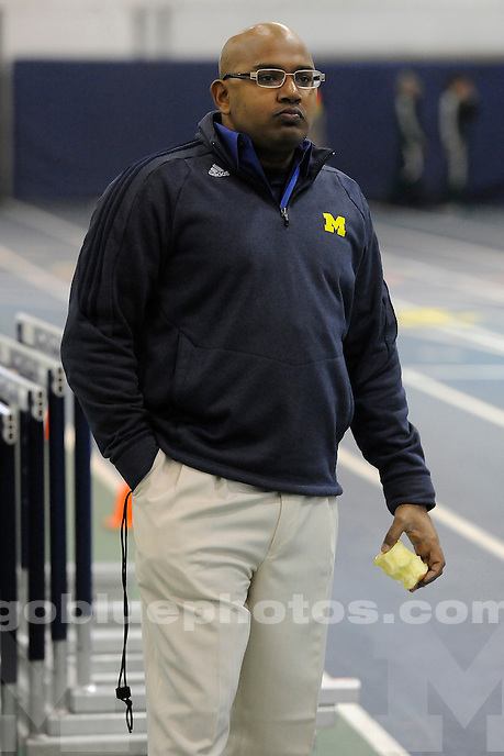 University of Michigan Men's Track, Simmons-Harvey Invitational at UM Indoor Track Building, Saturday, January 18, 2014.