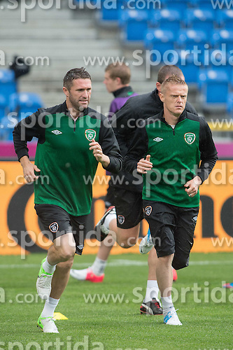 09.06.2012, Stadion Miejski, Poznan, POL, UEFA EURO 2012, Irland, Training, im Bild ROBBIE KEANE, DAMIEN DUFF // during the during EURO 2012 Trainingssession of Ireland Nationalteam, at the stadium Miejski, Poznan, Poland on 2012/06/09. EXPA Pictures © 2012, PhotoCredit: EXPA/ Newspix/ Jakub Kaczmarczyk..***** ATTENTION - for AUT, SLO, CRO, SRB, SUI and SWE only *****