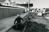 1971 November 05..Redevelopment...Downtown North (R-8)..Scope Construction..Millard Arnold.NEG# MDA71-154-26..