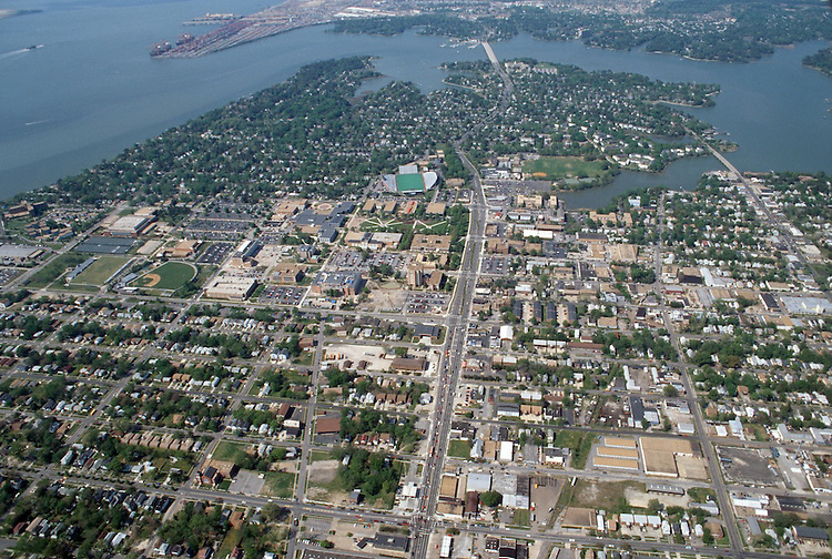 1997 April 17..Redevelopment.Old Dominion (R-28)..Aerial View.Looking North...NEG#.NRHA#..REDEV:ODU II 1 5:13